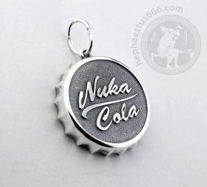 nuka cola cap pendant nuka cola pendant fallout jewelry fallout nuka cola cap fallout pendant
