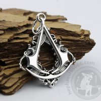 connor pendant from assassins creed jewelry connor necklace connor medalion from assassin's creed pendant assassin