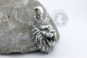 lion wears crown pendant lion pendant king pendant royal pendant royal jewelry lion jewelry animal pendant predator pendant pride jewelry king jewelry lion king necklace